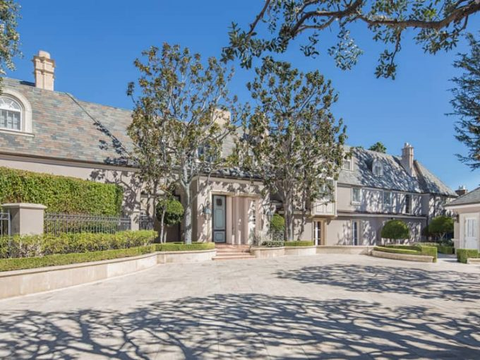 Beverly Hills Flats Real Estate
